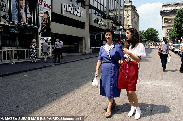 Always with her mom: The mother and daughter seen again in 1982 in France
