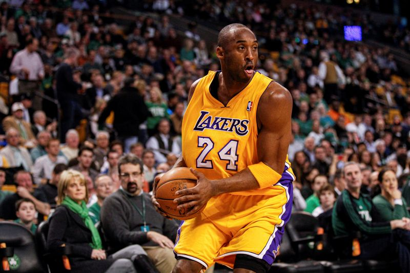 © Reuters. FILE PHOTO: NBA: Los Angeles Lakers at Boston Celtics