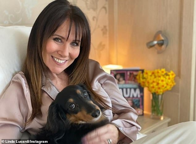 Home:Linda Lusardi has shared her first snap after being discharged from hospital following COVID-19 battle