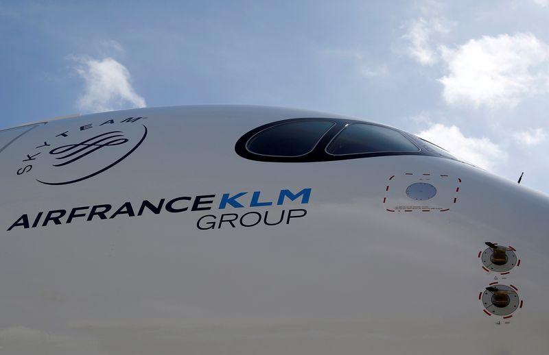 © Reuters. FILE PHOTO: Logo of Air France KLM Group is pictured on the first Air France airliner's Airbus A350 during a ceremony at the aircraft builder's headquarters of Airbus in Colomiers