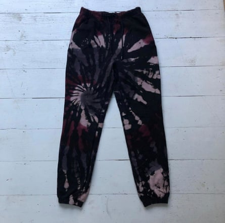 How to build a second hand capsule wardrobe Sweatpants - Ive included pics of knitted Alexander Wang and vintage tie dyed. Tie dye is currently selling as a basic for me! Its surprisingly easy to wear!