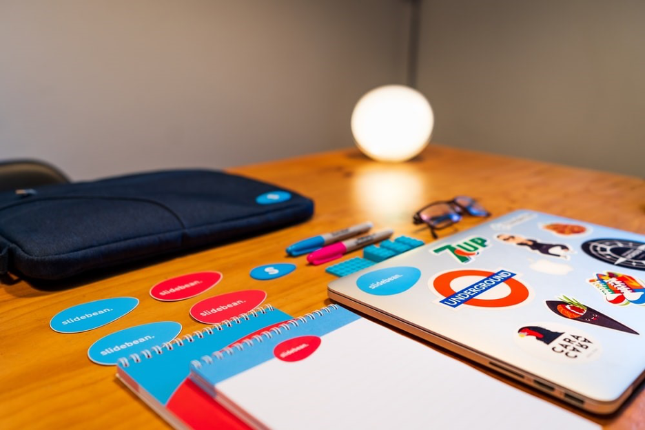 7 Keys to Create a Strong Brand Identity