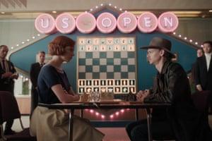 Anya Taylor-Joy as Beth and Thomas Brodie-Sangster as Benny Watts