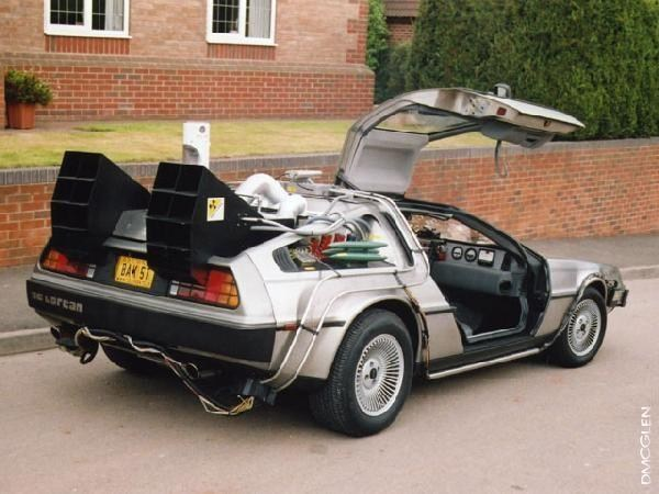 DeLorean mit Flux-Kompensator