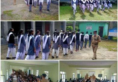 SPC योजना के तहत राजकीय बालिका इंटर कॉलेज गोपेश्वर एवं राजकीय इंटर कॉलेज बैरांगना के छात्र-छात्राओं को पुलिस द्वारा दिया गया OUTDOOR प्रशिक्षण,