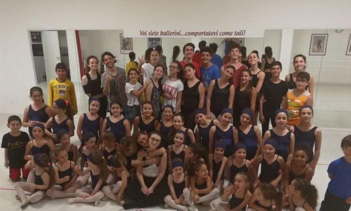 foto gruppo danza Tekne