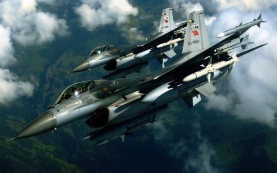 Τουρκικα F16 καταδιώκουν ελληνικά μαχητικά - Αερομαχία στο Αιγαίο!