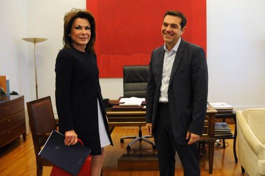Κουπόνια αξίας 50€ στον ΣΥΡΙΖΑ: Μόνο η Γιάννα μπορεί να τα πάρει αυτά!