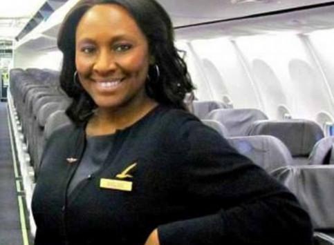 Αεροσυνοδός έσωσε έφηβη από trafficking - Το μυστικό μήνυμα στον καθρέφτη