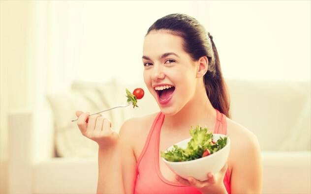 Πώς να τρώτε σωστά ανάλογα με την ηλικία σας