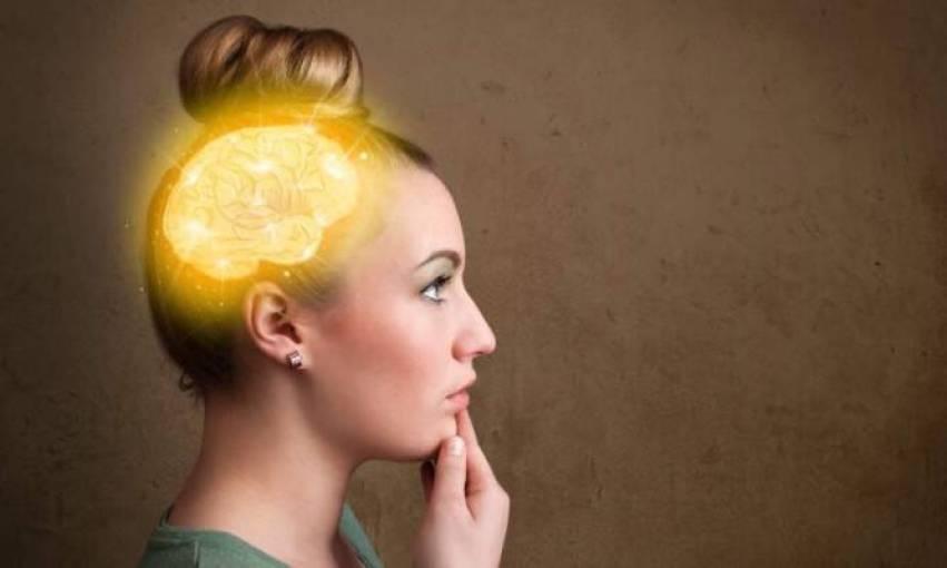 Όταν έχει περίοδο μια γυναίκα, ο εγκέφαλός της «αυξομειώνεται» – Δείτε τι βρήκαν οι επιστήμονες!