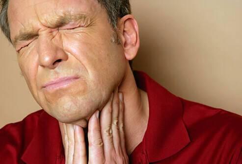 Πονόλαιμος: Πότε είναι απλό κρυολόγημα και πότε στρεπτόκοκκος [pics, vid]