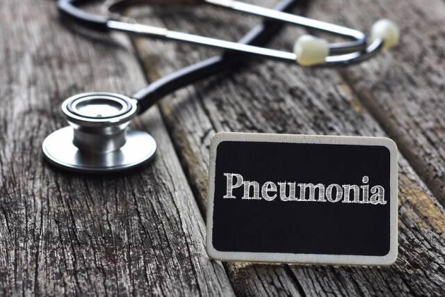 Παγκόσμια Ημέρα Πνευμονίας: Αίτια, συμπτώματα, παράγοντες κινδύνου