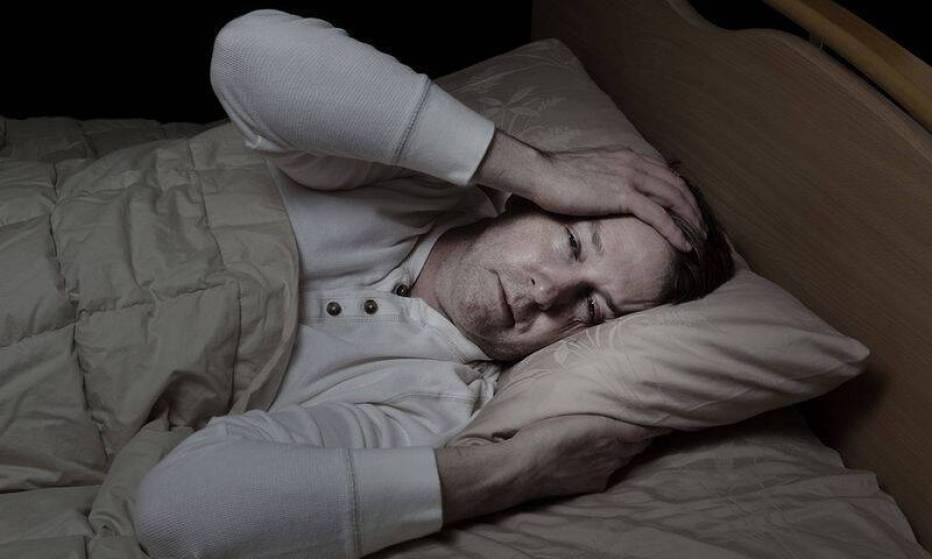 bigstock-Man-Very-Sick-In-Bed-74387356