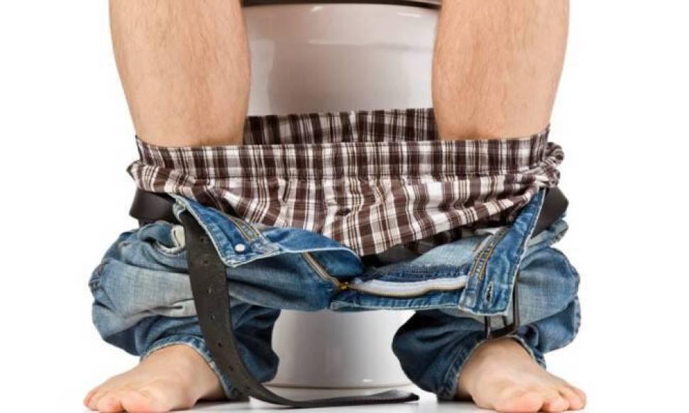 Γιατί πρέπει να ΜΗΝ καθυστερείτε όταν θέλετε να πάτε στην τουαλέτα [vid]
