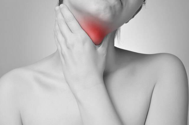 Λαρυγγίτιδα: 6 απλοί τρόποι να την αντιμετωπίσετε