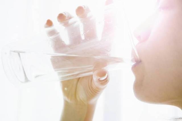 Νερό: 5 περιπτώσεις που πρέπει να το αποφεύγεις