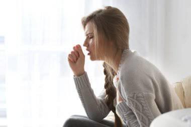 Καρκίνος θυρεοειδούς: Έξι συμπτώματα που δεν πρέπει να αγνοήσετε