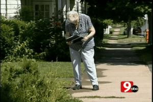 sidewalklady