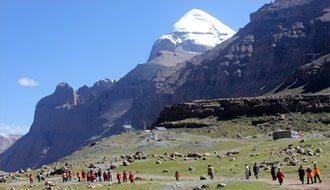 खराब मौसम: नेपाल में फंसे 1500 मानसरोवर यात्री, मदद कर रहा भारतीय दूतावास