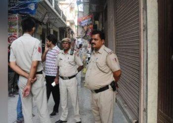 दिल्ली: बेखौफ बदमाश ने BJP महिला नेता और बेटे को मारी गोली