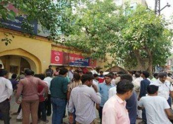 राजस्थान: बदमाशों ने थाने में घुसकर बरसाई गोलियां, छुड़ा ले गए साथी को, भाग खड़े हुए पुलिसकर्मी