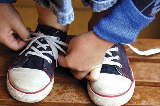 Ученые выяснили почему развязываются шнурки