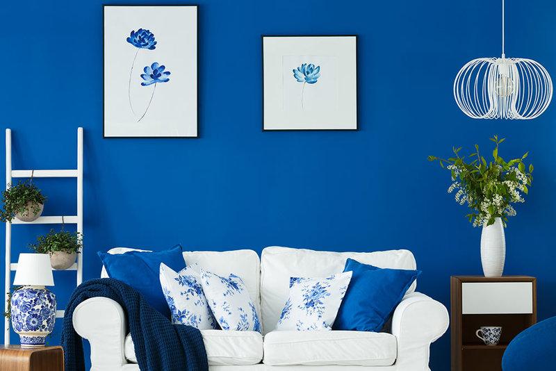 È infatti possibile accostare pareti chiare sia a mobili di colore molto scuro. Immobili Live