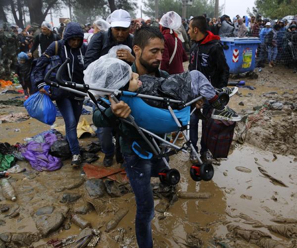 Συρίας πρόσφυγες-RTSG3U.jpg