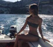 Foto Hot di Soleil Sorge corteggiatrice Luca Onestini a Uomini e donne