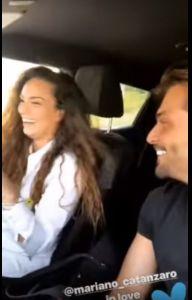 Valentina Pivati in macchina con Mariano Catanzaro