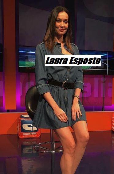Laura Esposto in posa durante la trasmissione SportItalia