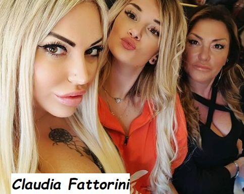 Claudia Fattorini con le amiche a Napoli