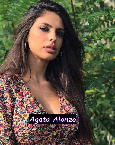 Conduttrice Agata Alonzo ex Miss Italia a Sportitalia con Michele Criscitiello