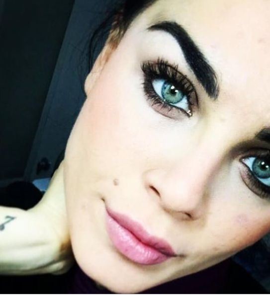 Occhi bellissimi di Samantha Curcio nuova tronista di Uomini e donne