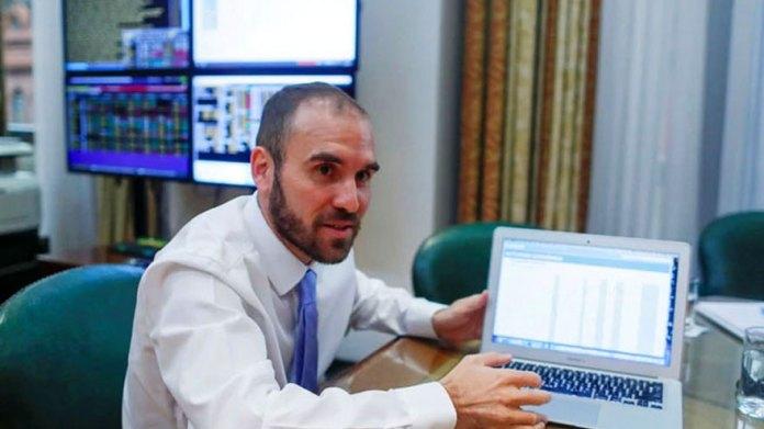 The economy minister, Martín Guzmán, seeks to reconstruct the peso bond curve