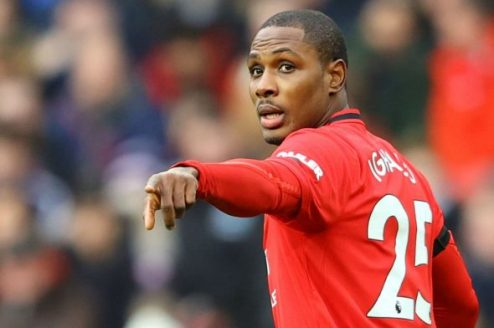 Manchester United Fans Slam Coach For Replacing Cavani With Ighalo