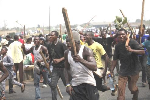 Mob Kills Suspected Informant, Wife, Son In Kaduna Over Alleged Collaboration With Bandits