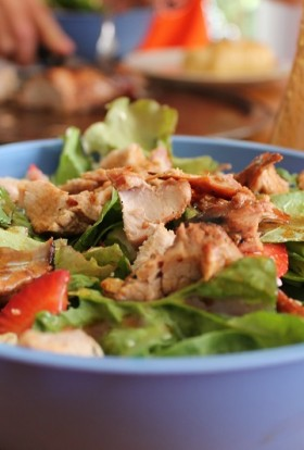You can use healthy salad recipes with chicken as weight loss recipes, healthy recipes to-go, or as easy meal modifications when everyone else is eating something higher in calories. Green Salad Recipes with Chicken | Summer Grilled Chicken Salad Recipes | Hearty Salads with Chicken | Salad with Chicken Breast | Salad with Chicken and Avocado