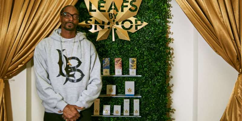 Snoop Dogg - Leafs By Snoop