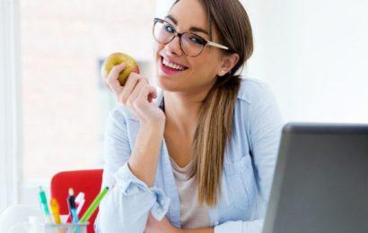 Masa Başında Çalışanlara 15 Beslenme Önerisi