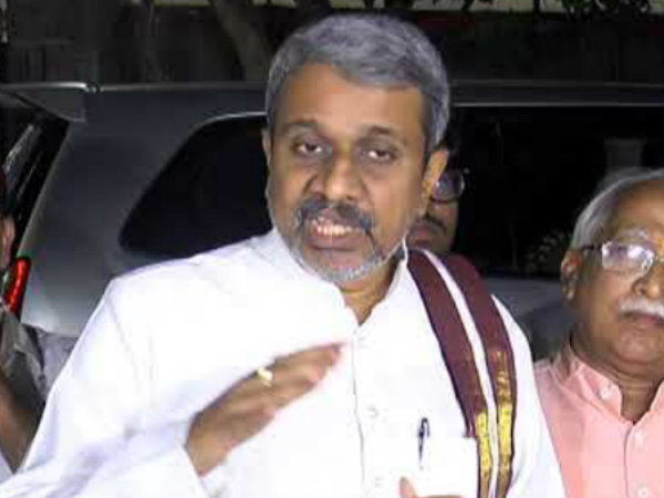 chalasani srinivas slams Telugu cineindustry for andhra special status