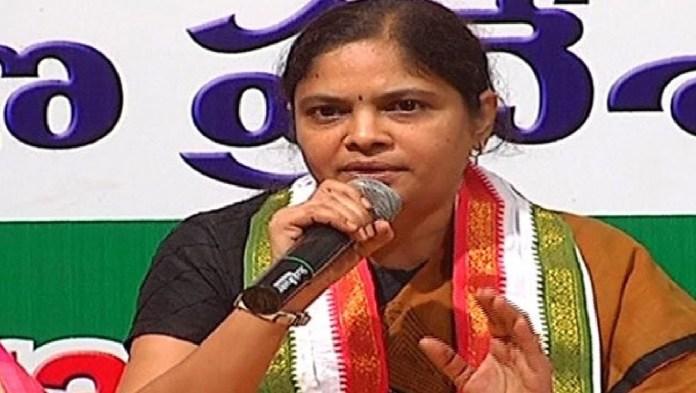 congress leader nerella sarada comments on psycho srinivas reddy case