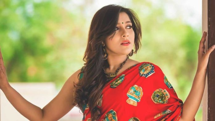 Rashmi Gautam Latest Photos, Rashmi Gautam Latest Images, Rashmi Gautam, Newsxpressonline