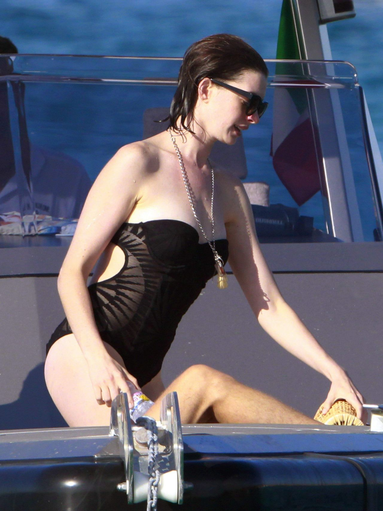 Anne Hathaway Surprised Fans By Sharing Bikini Photos