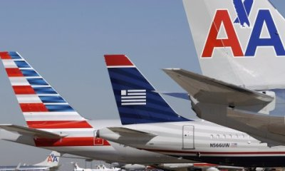 American Airlines buys stake in China Southern Airlines