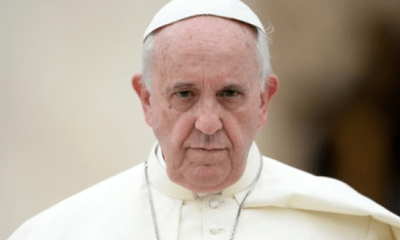 Pope encourages youths to face their fear with courage