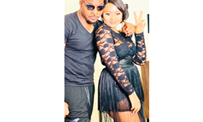 Regina Daniels strikes pose with Bolanle Ninalowo on movie set