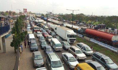 Lagos gridlock: Sanwo-Olu restricts VIOs' operations