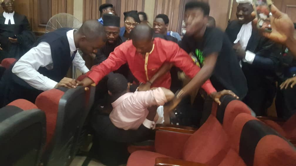 JUST IN: DSS allegedly attempts to rearrest Sowore, Bakare in court